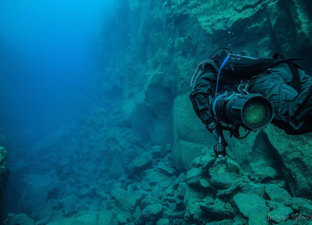 Things to do in Iceland in July - Dive or Snorkle in Iceland