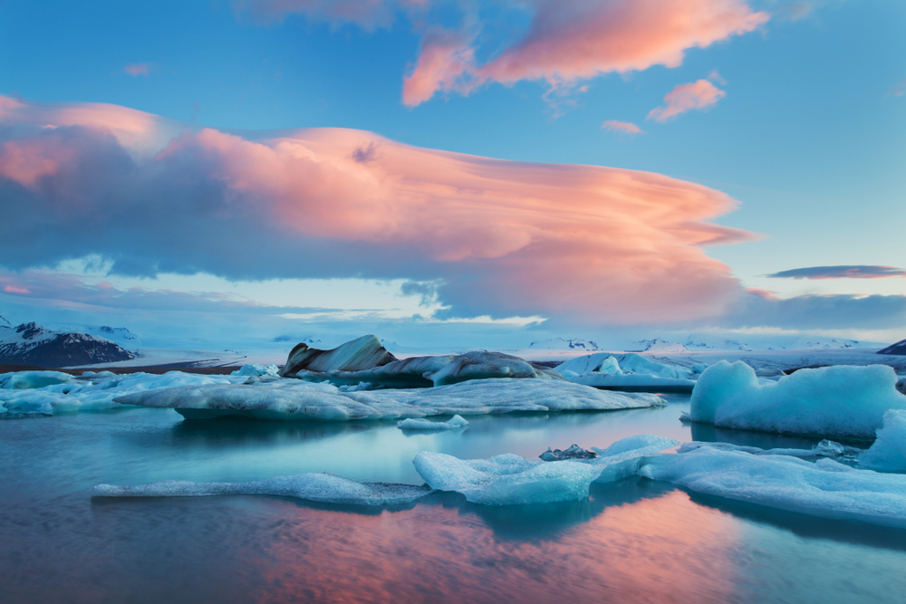 Summer solstice at Glacier Lagoon