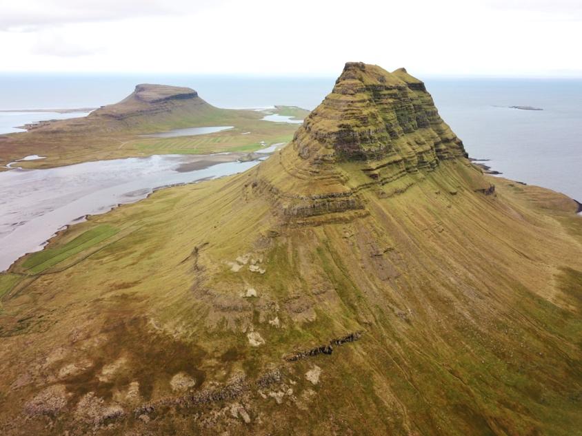 Kirkjufell Mountain - Mt. Kirkjufell Iceland